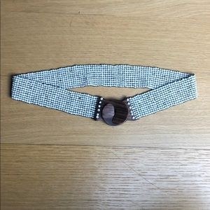 ANTHROPOLOGIE Beaded Wood Clasp Stretch Belt